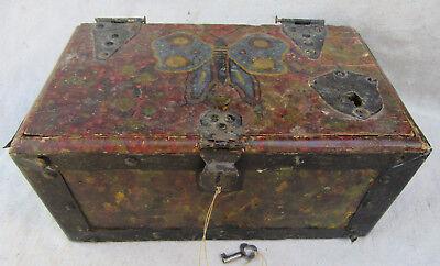 PEYOTE BOX FOLK ART TRAMP ART PAINTED BOX BUTTERFLY MOTIF - Art Boxes