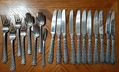 Oneida Stainless MADRID Modern 18% Chrome Flatware Spoons Forks Knives Lot of 19