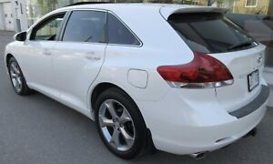 2015 TOYOTA VENZA V6 AWD LIMITED / $20,000 TAXE INCLUS