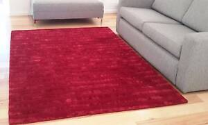 Red Floor Rug - Wool Blend - Hardly used Wavell Heights Brisbane North East Preview