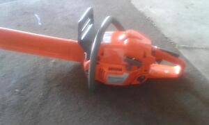 Husqvarna 345 chainsaw fully serviced with warranty Sunbury Hume Area Preview