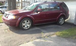 2005 Ford FreeStyle/Taurus X Camionnette