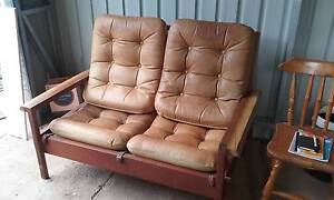 Leather Lounge Suite Ben Lomond Guyra Area Preview