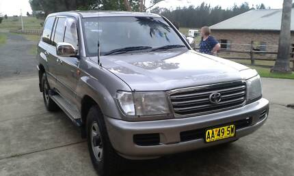 2004 Toyota LandCruiser Wagon With Dual Fuel Very Good Condition