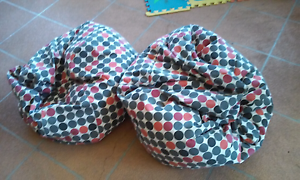 2 matching bean bags Rutherford Maitland Area Preview