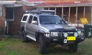 Toyota hilux sr5 Turvey Park Wagga Wagga City Preview