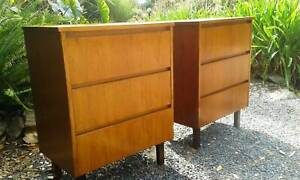 *FuNkY Pair of  LARGE Danish Style Teak Retro 3 Drawer Bedsides