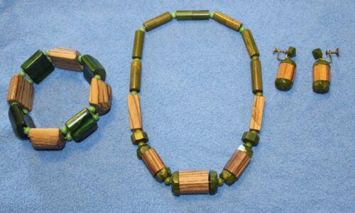 Estate Vintage Green Marble Bakelite & Wood Jewelry Set
