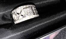 18CT White Gold Love & Passion Diamond Ring Charlestown Lake Macquarie Area Preview