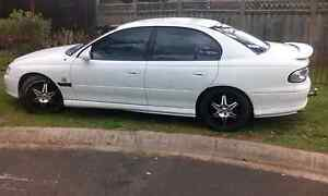2000 Commodore S n parts for vt to 've Macquarie Fields Campbelltown Area Preview
