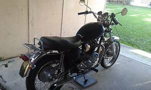 COLLECTORS TRIUMPH T120R BONNEVILLE Maroochydore Maroochydore Area Preview