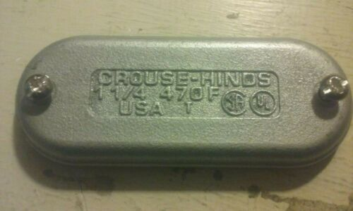 """CROUSE HINDS 470F 1-1/4"""" WEDGENUT CONDUIT COVER"""