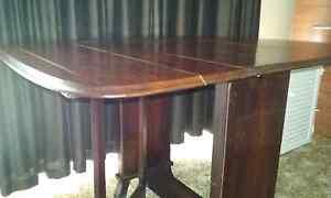 Antique gate leg drop side table Blackburn South Whitehorse Area Preview