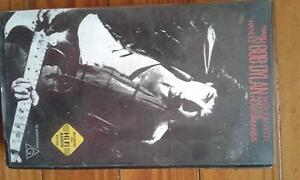 BOB DYLAN  CD DVD VIDEO  BOOKS Beenleigh Logan Area Preview
