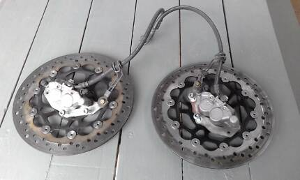 Hyosung GT250R front brake discs and calipers