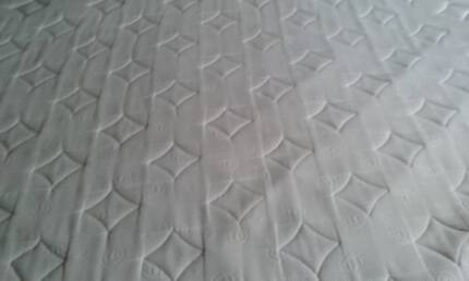 KING THERAPEDIC PILLOWTOP MATTRESS EX.COND, TEXT ONLY