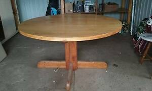 Round Pine Dining Table Ben Lomond Guyra Area Preview
