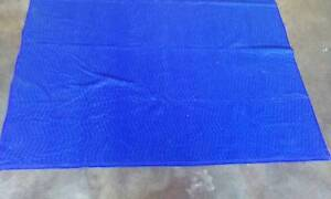 USED MOVING BLANKETS 1.8M X 2M STORING PACKING HOME REMOVALS Harristown Toowoomba City Preview