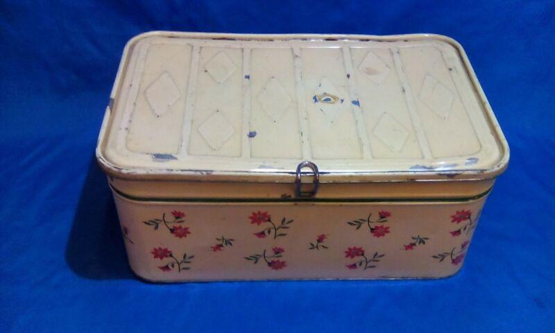Bread Box - Metal / Tin - Vintage