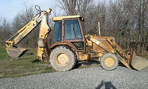 Case 580k backhoe  4x4
