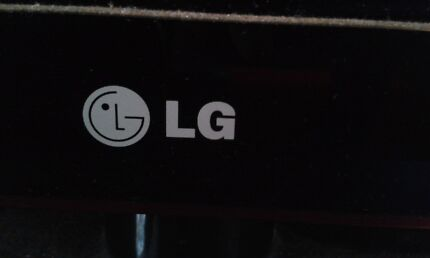 big LG TV d's.   Woody Point Redcliffe Area Preview