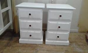 2 x bedside tables Campbelltown Campbelltown Area Preview