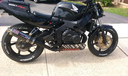 Honda cbr250rr streetfighter