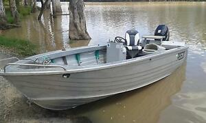 side console Boat Stacer 474 tinnie with pod Rockhampton Surrounds Preview