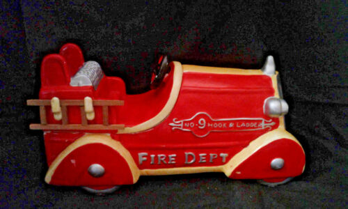 1999 Corning Factory store collectables by MCID Fire Truck Cookie Jar