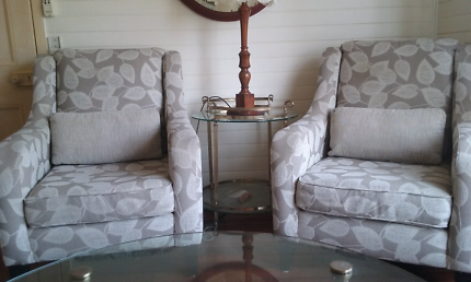 Lounge (3 seater) and 2 chairs