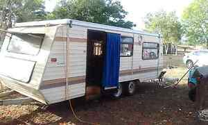 Jayco caravan 90 series  NEGOTIABLE ON PRICE Lissner Charters Towers Area Preview