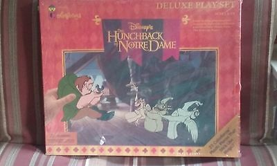 DISNEY HUNCHBACK OF NOTRE DAME COLORFORMS DELUXE PLAYSET SEALED