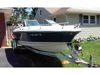 1979 CRESTLINER BOAT LOCATED IN ROCHESTER, New York - TRAILER INCLUDED