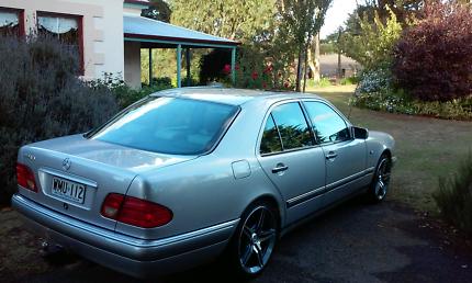 1996 Mercedes Benz E230