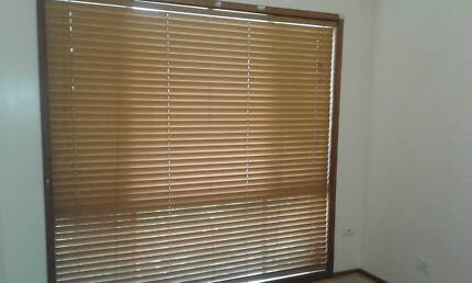 Timber Venetian Blinds x 4