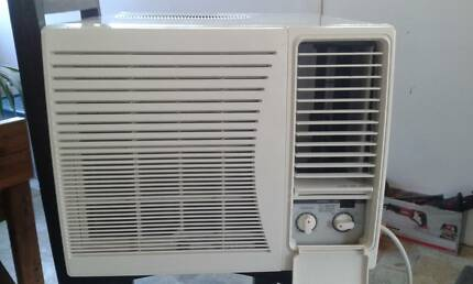 Air Conditioner Window/Wall Teco 1.65kw as new 15 mths waranty Gympie Gympie Area Preview