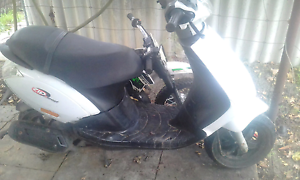 50cc piaggio scooter unlic Midvale Mundaring Area Preview