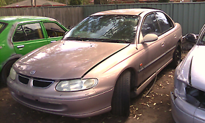Holden Commodore VT VX supercharged V6 Weston Cessnock Area Preview