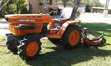 KUBOTA  B6200  TRACTOR 15HP 4WD WITH 4FT HAYES FINISHING MOWER Belmont Brisbane South East Preview