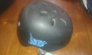 Bicycle and skateboard helmets (junior- primary age)