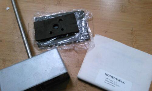 HONEYWELL HYHT2WC8100, HUMIDITY TRANSMITTER