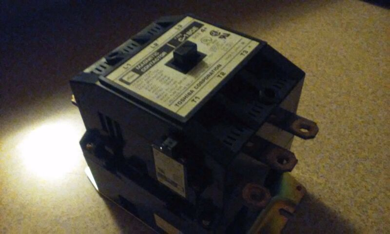 Toshiba C-180E Size 4 Magnetic Contactor 170 Amp 120V Coil 600 Vac 150 HP