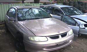 Genuine Holden commodore VT VX now wrecking parts fr $10. Weston Cessnock Area Preview