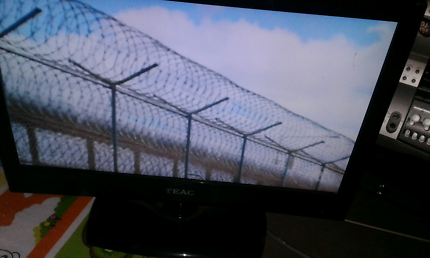 22INCH TEAC LCD TV