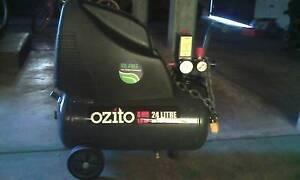 Ozito air compressor Redcliffe Redcliffe Area Preview