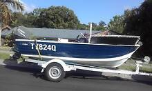 4.5 center console with 60 yamaha 4 stroke Petrie Pine Rivers Area Preview