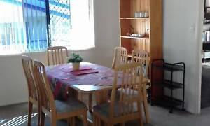 Beechwood dining suite