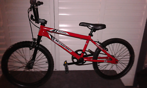 REDLINE BMX BIKE IN EXCELLENT CONDITION