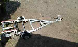 Boat Tilt Trailer.........4 Meters long.... Old Bar Greater Taree Area Preview