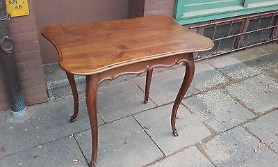 Eleganter Tisch Nussbaum Untergestell Ende 18.Jh Platte Louis Philippe